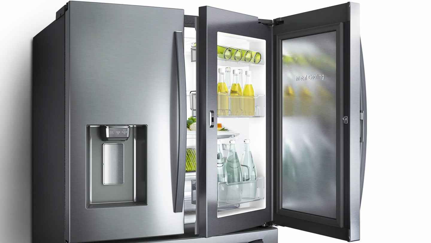 Easily store and reach food and drinks