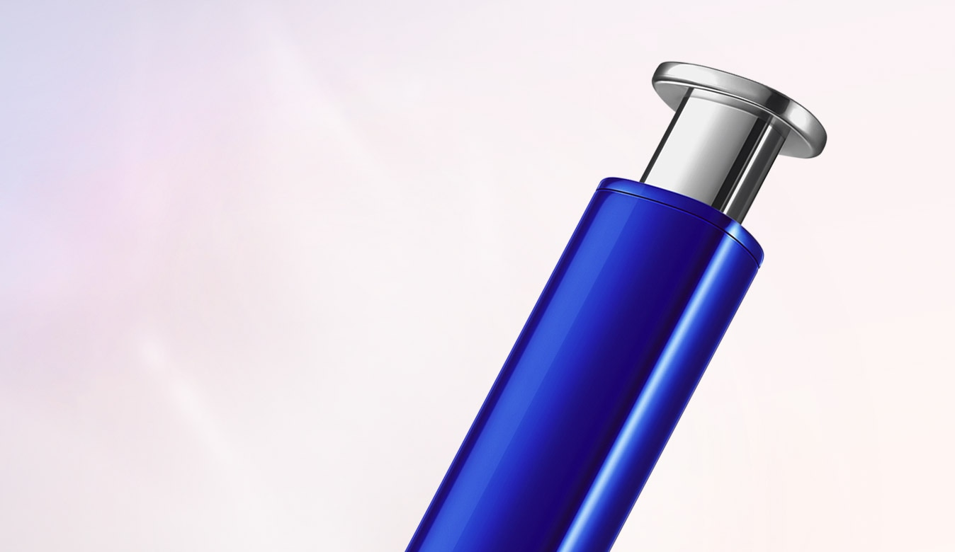 Close up of the top of blue S Pen, showing the silver click-top
